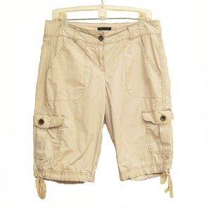 Tommy Hilfiger Ladies Cargo Shorts Size 6
